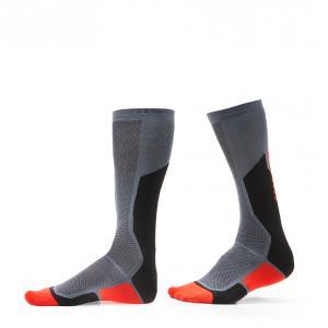 Funkční ponožky na motorku Revit Charger
